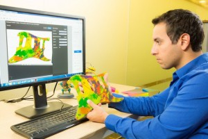 Stratasys_Creative_Colors_Software_Provides_Accurate_Previews_of_the_3D_Printed_Part